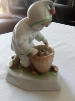 Zsolnay rőzse gyűjtő fiú 15 cm