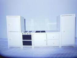 Dekoráció - kicsinyített konyha - 25 x 16 cm - vastag műanyag - ajtók nyithatók