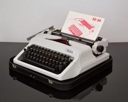 Robotron 'Erika' retro írógép, 80-as évek, GDR, szocialista, magyar billentyű