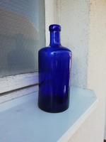Régi kék színű üveg palack