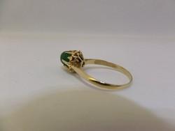 Arany gyűrű smaragddal