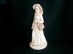 Különleges nagy méretű antik jelzett szobor: lány virágkosárral és rózsával a kezében 32 cm magas