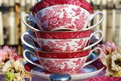 Angol  gésa ,,Japán mintás ,,krémleveses csészék