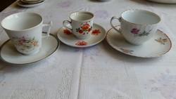 Antik , porcelán, mokkás csésze kis tányérral eladó 3 db