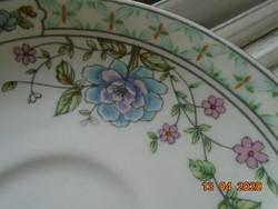 Balmoral Castle antik angol gazdag virág mintás kistányér