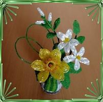 Gyöngyből készített virág kompozíció GYV28