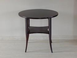Thonet kerek asztal