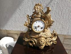 Szobros antik jelzett Paris francia óra kandalló asztali férfi alakkal