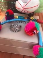 Pandora Fénylő toll ezüst gyűrű cirkóniával