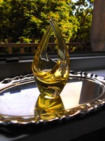 Jan Beranek cseh üvegművész terve üvegkosár- szép kézműves, masszív darab.