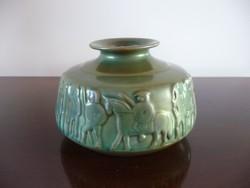 Zsolnay római harcosokat ábrázoló modern eozin váza