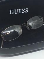 Guess szemüveg /nem dioptriás/