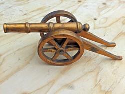 Régi bronz ágyú makett