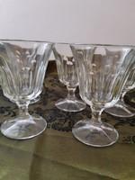 5 db szép csiszolt üveg talpas boros pohár