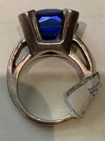Ezüstgyűrű nagy kékkővel
