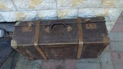 Retro bőrönd eladó!