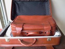 Bőrönd 2 db