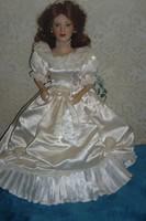 Eladó Sissy porcelán baba