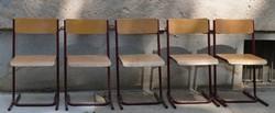 12 darab retro iskolaszék.