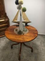Thonet asztal,ètkezőasztal
