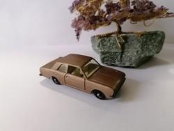 Matchbox No.25 Ford Cortina