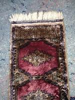 Jelzett, aláírt kézi csomózású kis szőnyeg, rojtos vastag selyem perzsaszőnyeg Jaldar ?