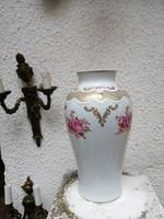 Porcelán Wallendolff   nagy méretű Kézzel festett és arannyal díszítve  váza.