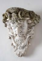 Zeuszt ábrázoló falikonzol párban