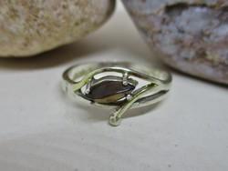 Szép kis köves ezüst gyűrű