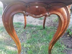 Gyönyörű antik neobarokk asztal csodás ívekkel,fargással - Bp. és közelébe szállítással is
