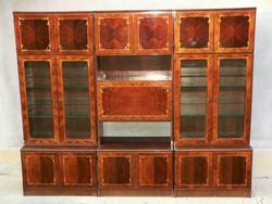 Intarziás szekrénysor magasfényű elegáns vitrines bárszekrény