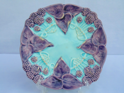 Majolika tányér 2