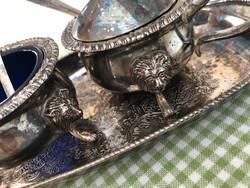 Ezüstözött asztali kis mártás kináló patinás