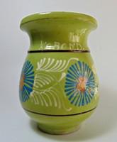 Korondi virágos, zöld kerámia korsó
