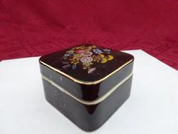 Japán fekete porcelán  ékszertartó, mérete 8 x 8 x 5 cm.