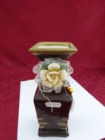 Kerámia váza, fa hatású bevonattal, rózsa díszítéssel, magassága 17 cm.