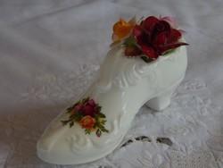 """ROYAL ALBERT """" Old Country Roses """" Angol porcelán rózsás cipő forma asztali vagy polc dísz"""
