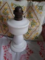 Régi petróleumlámpa (fehér)