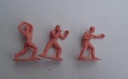 Régi retro trafikáru 3 darab sportoló boxoló játék műanyag figurák