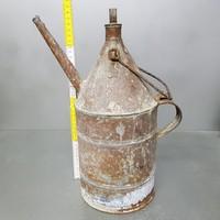 Nagy festett, fém petróleumos kanna (1153)
