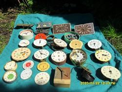 Sok csörgő óra szerkezet, alkatrész egy csomagban