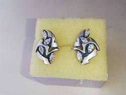 Ezüst fülbevaló cirkonkövekkel 925