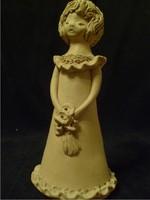 Kovács Margit stílusú  lányka  szobor 20 cm-es