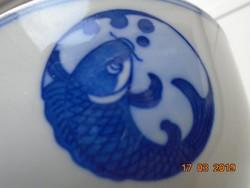Máz alatt kobaltkékkel festett kínai tál hal mintával