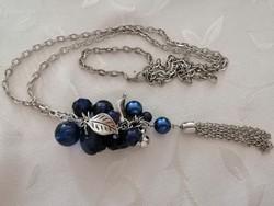 Hosszú kék/ezüst színű fürtös lánc