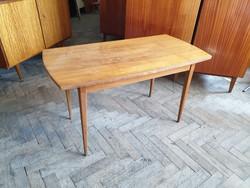 Régi retro magasfényű asztal mid century