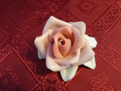 ENS német porcelán rózsa, hossza 8 cm.
