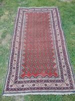 Régi kézi csomózású szőnyeg  155 x 84 cm.