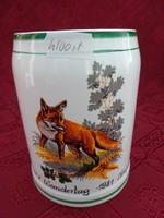 Gránit porcelán sörös korsó, róka figurával, IVV Wandertag 1981 Neupőlla felirattal.