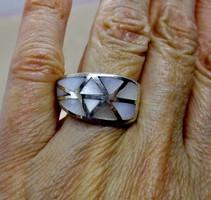Szépséges iparművész nagy gyöngyházas  ezüstgyűrű